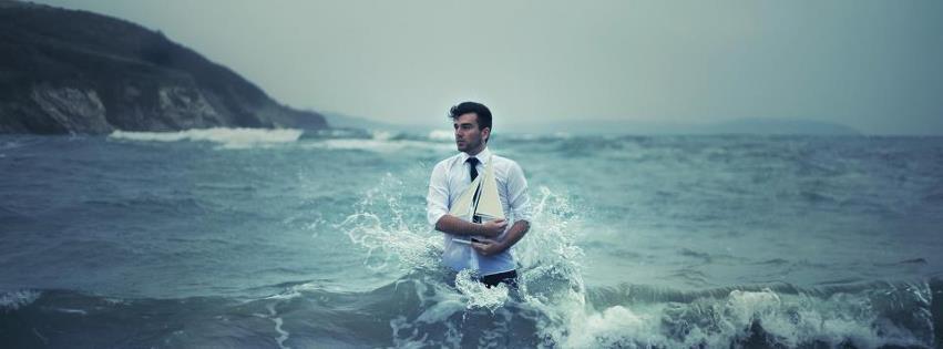 homme dans la mer