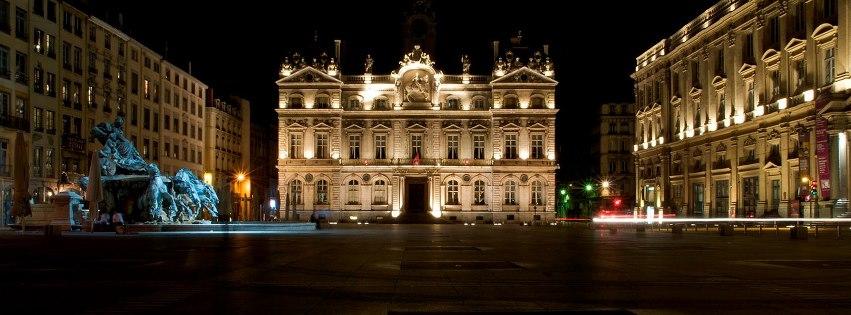 Lyon hotel de ville couverture facebook